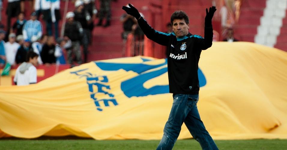 Técnico Renato Gaúcho reclama da arbitragem no Gre-Nal decisivo do segundo turno do Gauchão (01/05/2011)