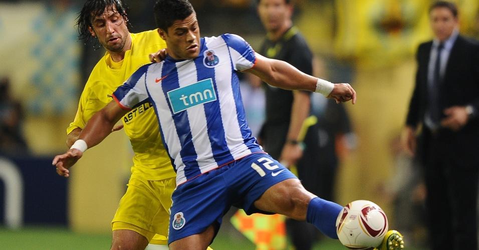 Hulk, do Porto, em partida da semifinal da Liga Europa contra o Villarreal (05/05/2011)