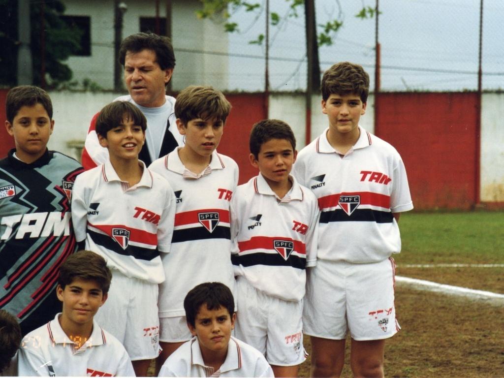 Kaká e Juan, então atletas do time de base do São Paulo (05/05/2011)
