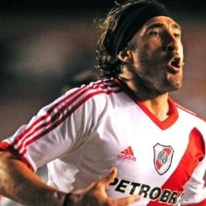 Atacante Hugo Mariano Pavone, El Tanque, jogador do River Plate, interessa a gaúchos e o Fla