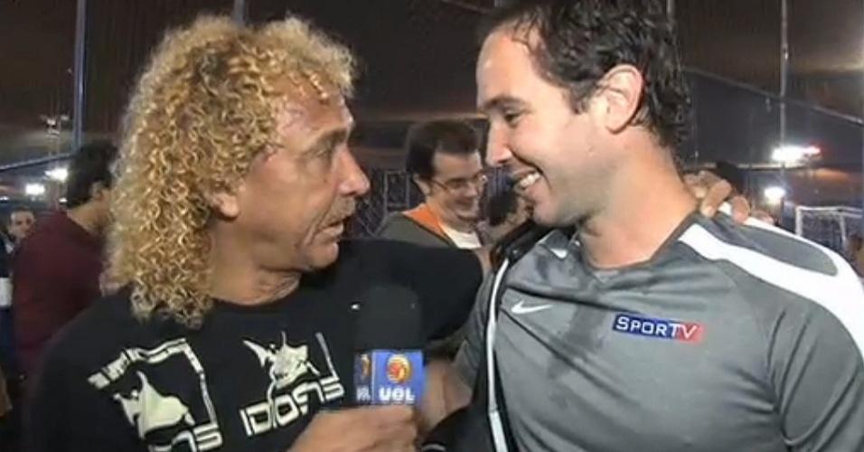 Biro Biro entrevista Caio Ribeiro após jogo da Copa Imprensa ACEESP NIKE de Futebol Society