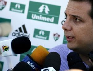 Vice de futebol Sandro Lima descarta contratações do meia Marlos e do atacante Jorge Henrique