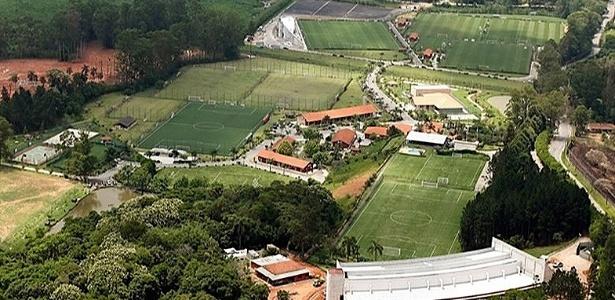 São Paulo ofereceu as instalações do CT de Cotia para a Chapecoense - Rubens Chiri/site oficial do São Paulo