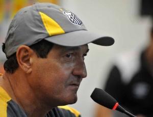 """""""Andrés criou uma situação ruim, pois o São Paulo está disputando o título. Ele pode querer tirar esse foco"""", disse Muricy"""
