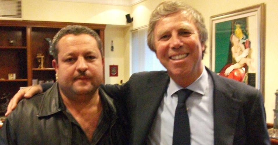 Pai de Jean Chera, Celso Chera, se reúne com Enrico Preziosi, presidente do Genoa