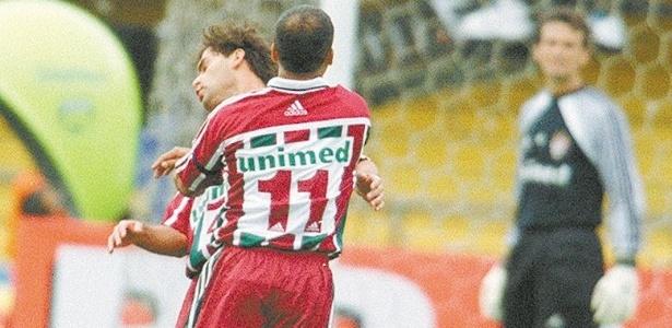 Romário agride Andrei durante jogo do Fluminense em 2002