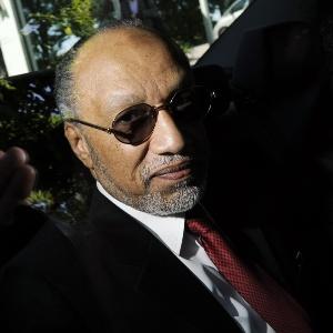 Bin Hammam foi acusado de participar de esquema de compra de votos e foi suspenso pela Fifa