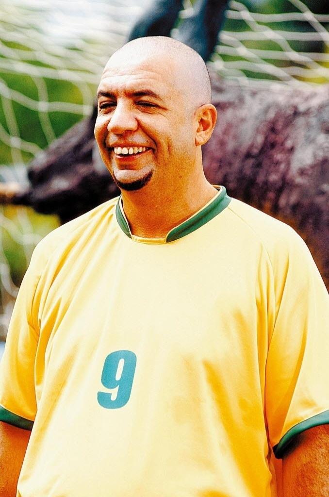 Bussunda, do Casseta e Planeta, imita Ronaldo (07/06/2011)