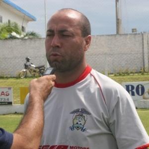 Ex-jogador e agora técnico Arílson do Imbituba de Santa Catarina