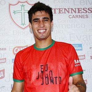 Atacante Lucas Gaúcho é apresentado na Portuguesa (09/06/2011)