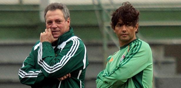 Preparador Cristiano Nunes (d) trabalhou em vários clubes com o técnico Abel Braga