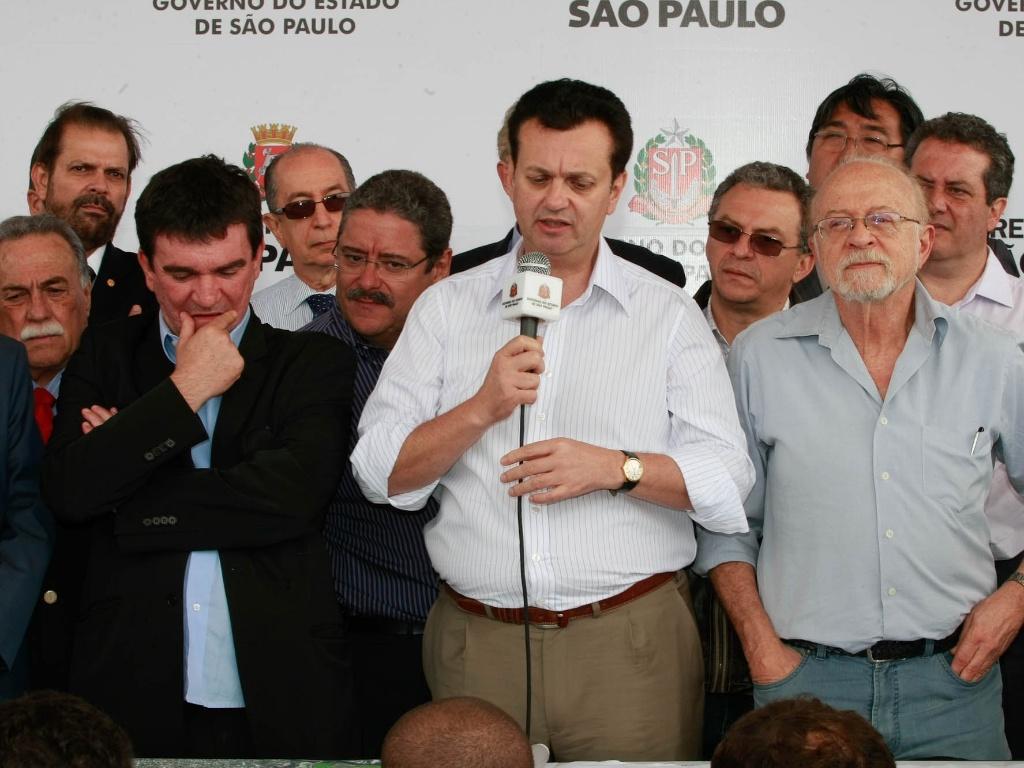 Vereador ironiza Palmeiras e tenta o impossível para tombar clássico com  Corinthians - 15 06 2011 - UOL Esporte 8b5d4a0213c88