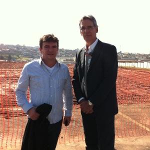 Andrés Sanchez e Frederico Barbosa, gerente <br>da Odebrecht, estiveram nas obras do Itaquerão