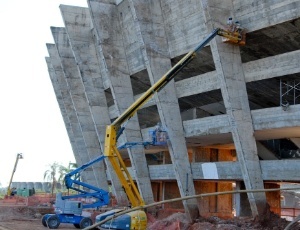 Obras de reforma do Mineirão registram acidente de trabalho, que deixou um operário ferido, nesta 6ª