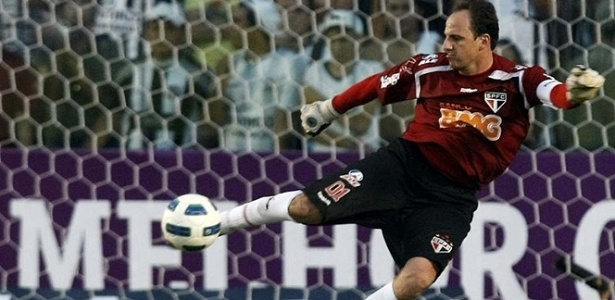 Rogério Ceni, do São Paulo, em jogo contra o Ceará
