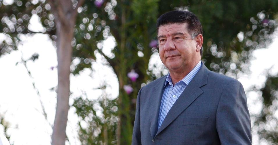 Joel Santana chega a Toca da Raposa (20/06/2011)