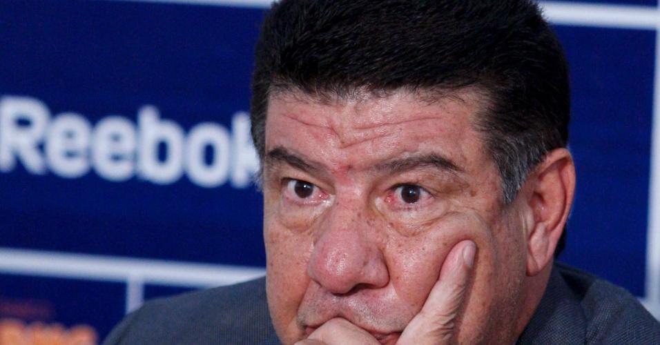 Joel Santana dá coletiva de apresentação no Cruzeiro (20/06/2011)