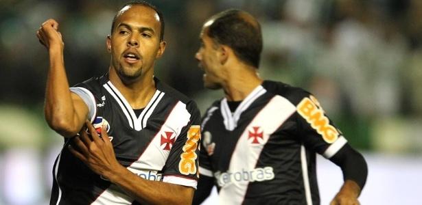 Alecsandro comemora o primeiro gol do Vasco na final da Copa do Brasil