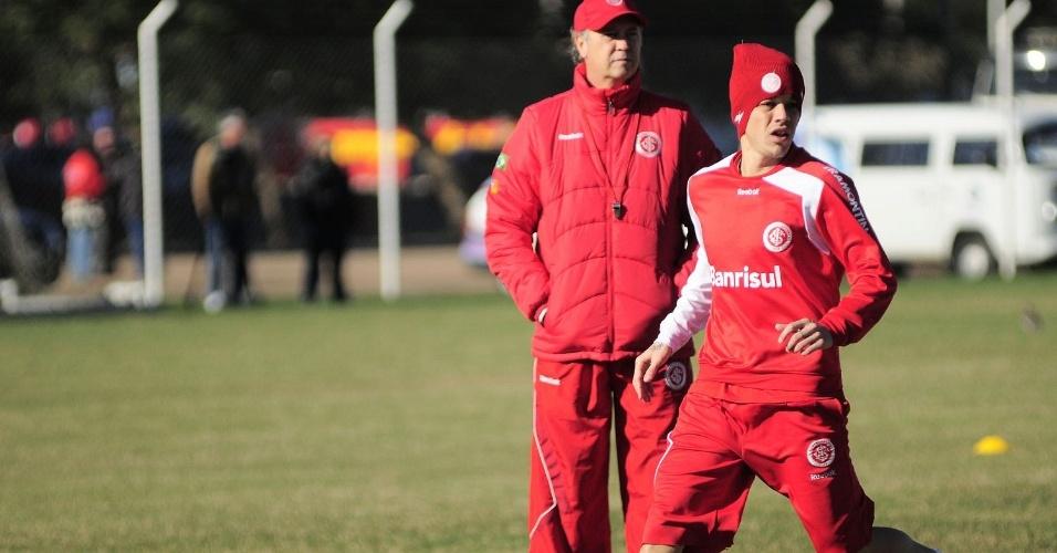 D'Alessandro também foge das baixas temperaturas do RS nos treinos do Inter