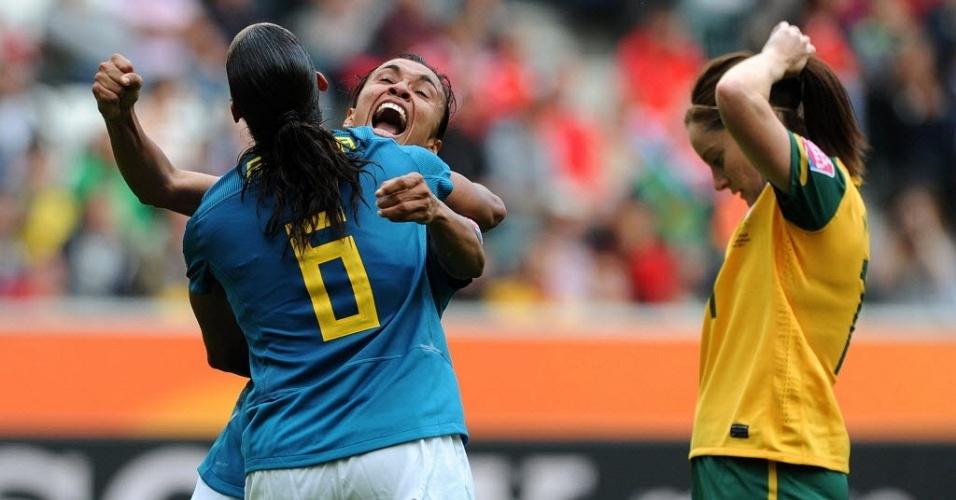 Marta comemora gol no jogo de estreia do Brasil no Mundial feminino 2011