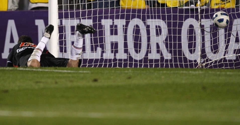Rogério Ceni sofre gol na partida São Paulo x Botafogo