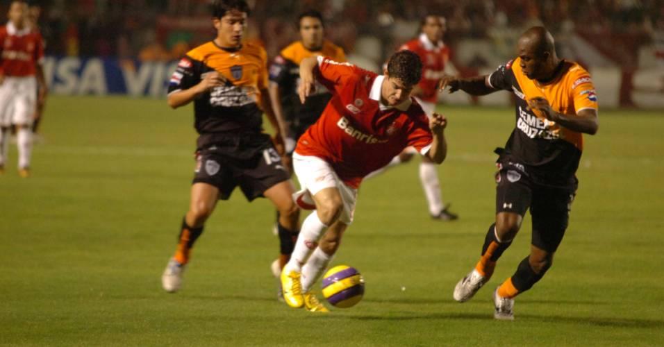 Atacante Alexandre Pato do Internacional na final da Recopa Sul-Americana de 2007 (07/06/2007)