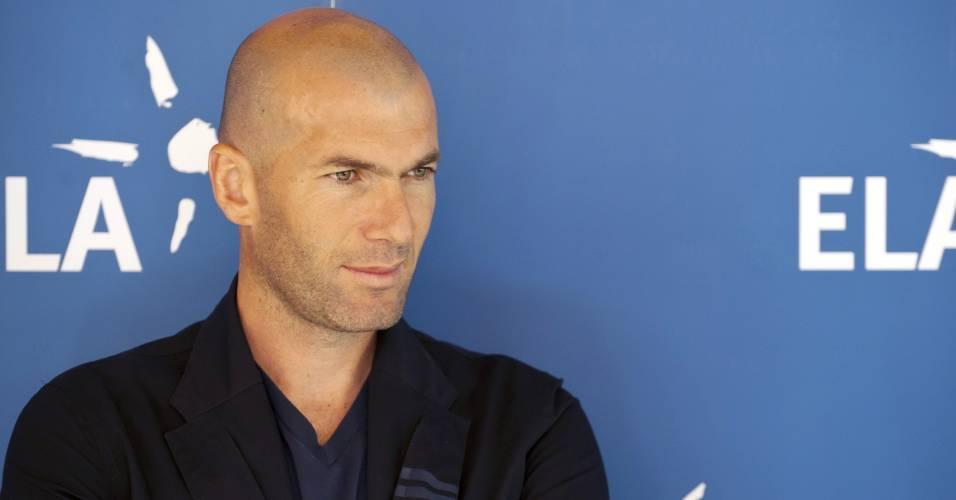 Zidane elogiou qualidades de Neymar e confirmou que Real está de olho