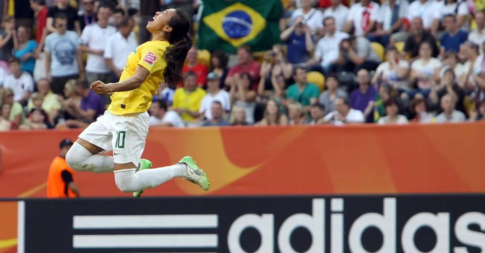 Marta comemora o gol contra os Estados Unidos no Mundial feminino
