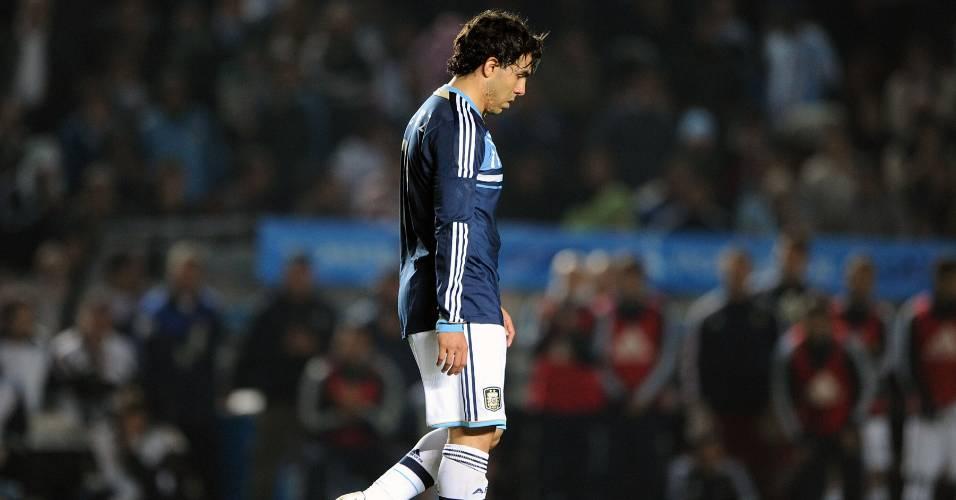 Idolatrado na Argentina, Carlitos errou pênalti que desclassificou a Argentina na Copa América