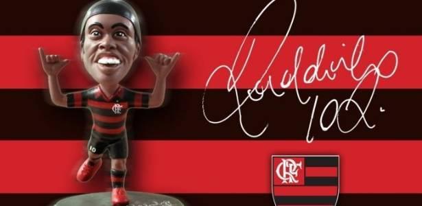 Boneco de Ronaldinho Gáucho que será vendido a partir de setembro (20/07/2011)
