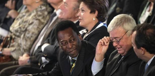 Pelé, Teixeira e Dilma acompanham sorteio; presidente do COL não discursou