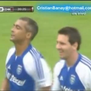 Romário e Lionel Messi se destacaram em amistoso (31/07/2011)