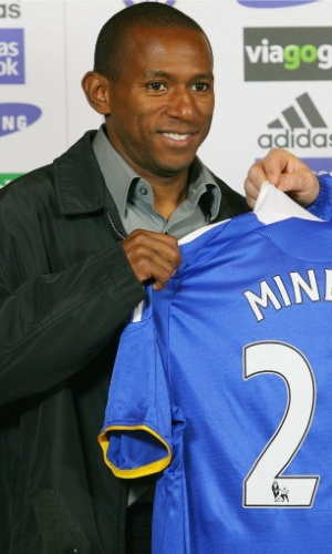 Mineiro, ex-jogador do Chelsea