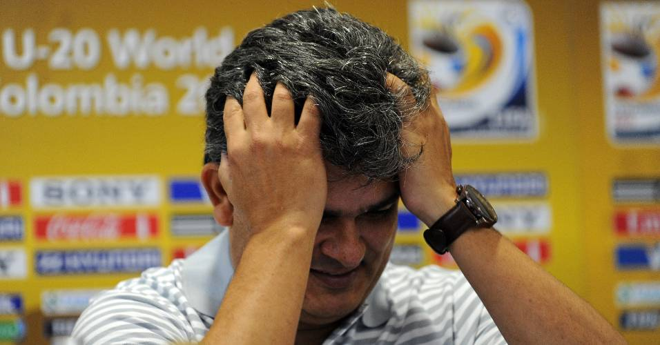 Ney Franco participa de coletiva de imprensa antes da partida entre Brasil e México, pelo Mundial sub-20
