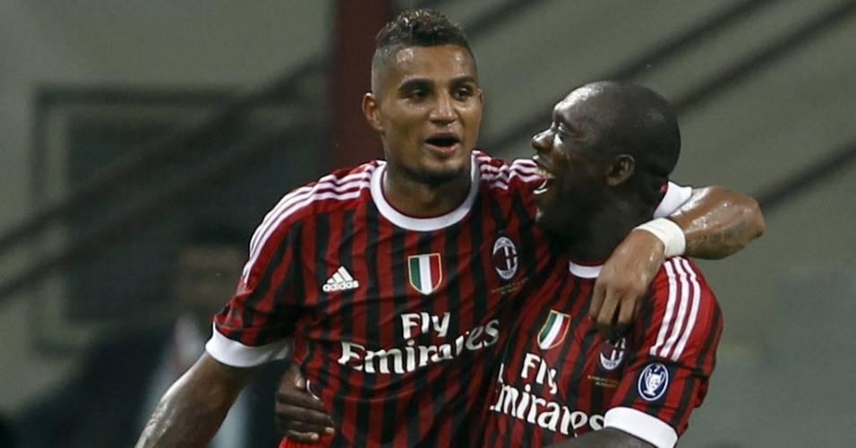 Boateng e Seedorf festejam gol sobre a Juventus, pelo Troféu Berlusconi, um torneio amistoso