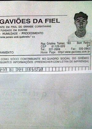 Ficha de inscrição do palmeirense Kleber divulgada por maior organizada do Corinthians