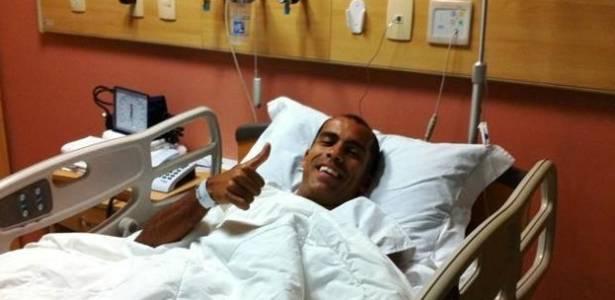 Felipe demonstra otimismo após a cirurgia realizada nesta quarta-feira