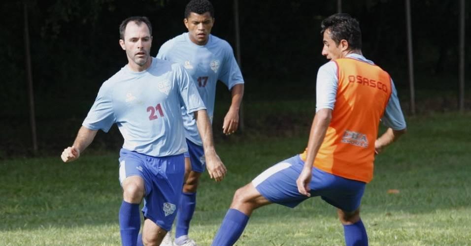 Camanducaia treina pelo Grêmio Osasco em 2010