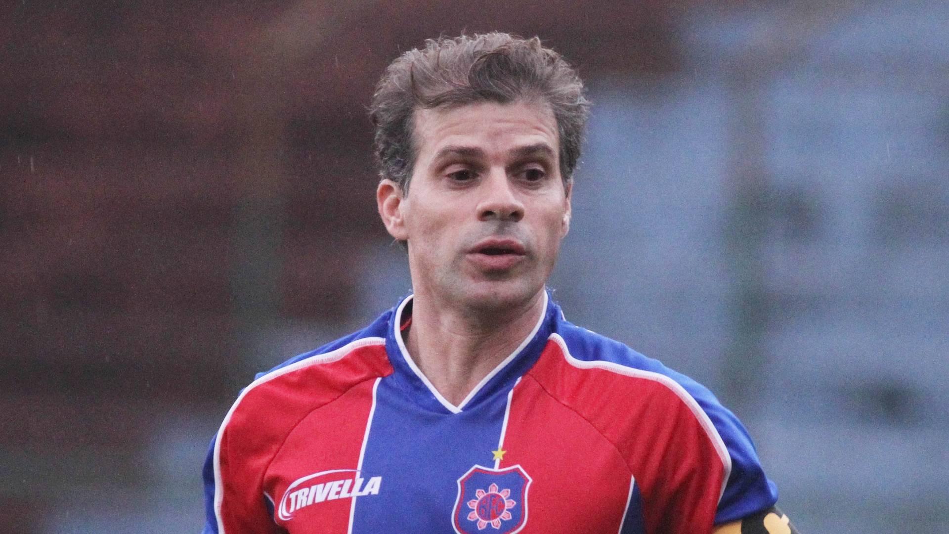 Túlio Maravilha estreia pelo Bonsucesso como capitão (31/08/2011)