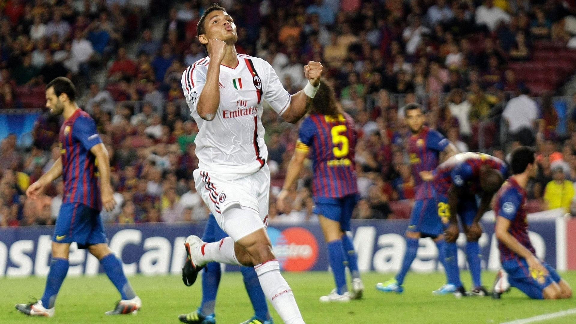 Thiago Silva comemora ao marcar o segundo gol do Milan contra o Barcelona (13/09/2011)