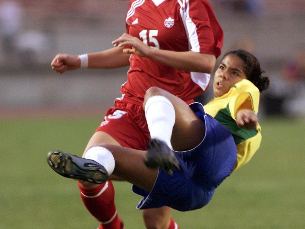 MIchele está entre as jogadoras brasileiras convocadas para o Pan