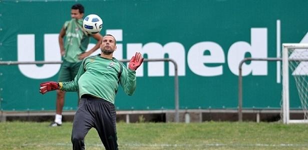 Diego Cavalieri treina no Fluminense (28/09/11)