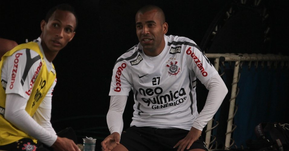 Emerson e Liedson durante o treino do Corinthians