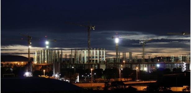 Obra do Estádio Nacional de Brasília no dia 16 de outubro de 2011