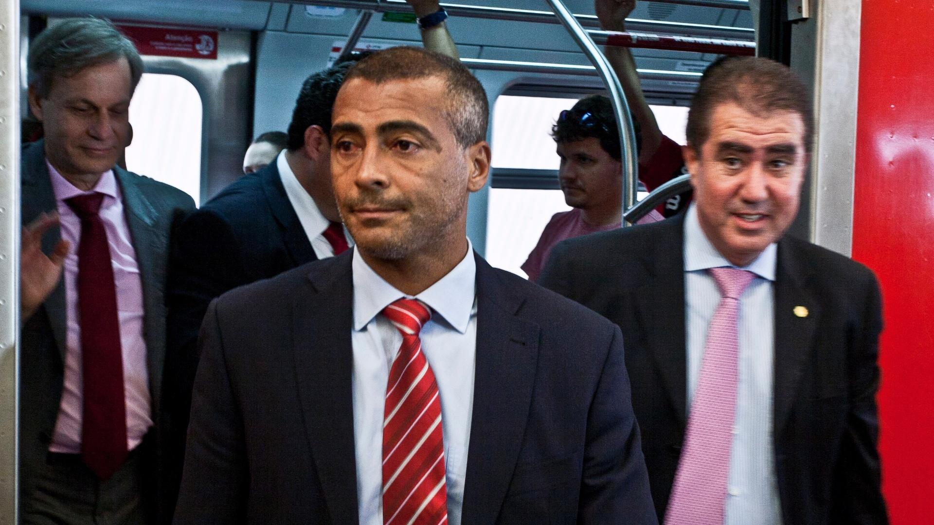 O deputado federal Romário visitou as obras do Itaquerão nesta segunda-feira (07/11/2011)