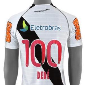 Camisa comemorativa lançada pelo 100o. jogo de Dedé pelo Vasco