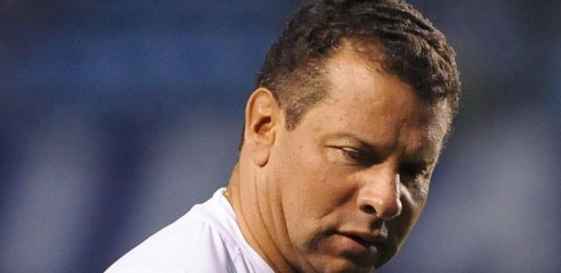 Celso Roth foi contratado para dirigir o Cruzeiro no Campeonato Brasileiro