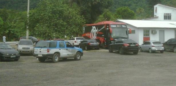 Em outras ocasiões, PM chegou a ser acionada para dar segurança ao treino do Fla - Vinícius Castro/UOL