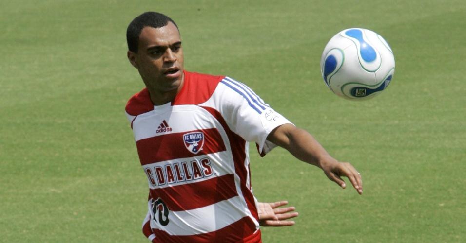 Denílson durante apresentação no FC Dallas, no Texas, em 2007