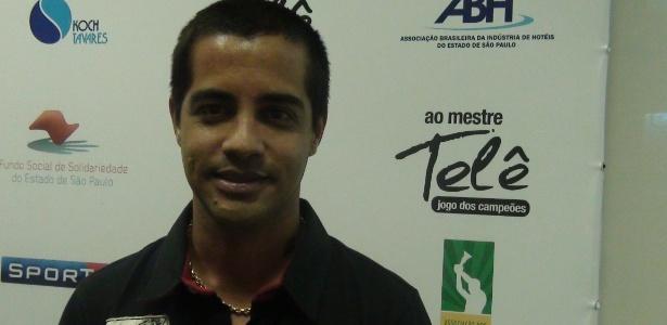 Ex-jogador Pavão hoje atua em jogos dos times de masters de São Paulo e Corinthians